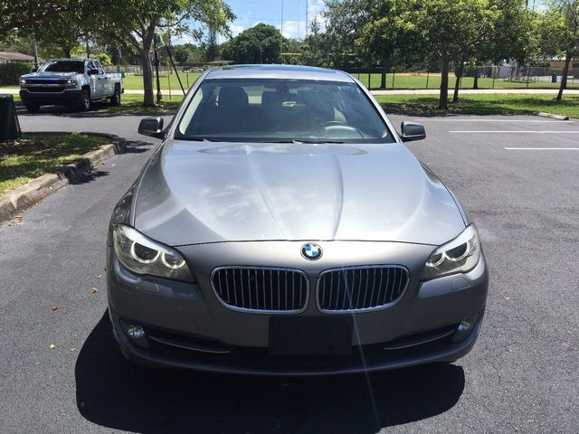2012 BMW 5 Series 528i xDrive - Click to see full-size photo viewer
