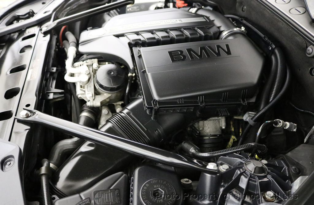 2012 BMW 5 Series Gran Turismo CERTIFIED 535i xDRIVE GT Sport Camera NAV Gran Turismo - 16996226 - 18