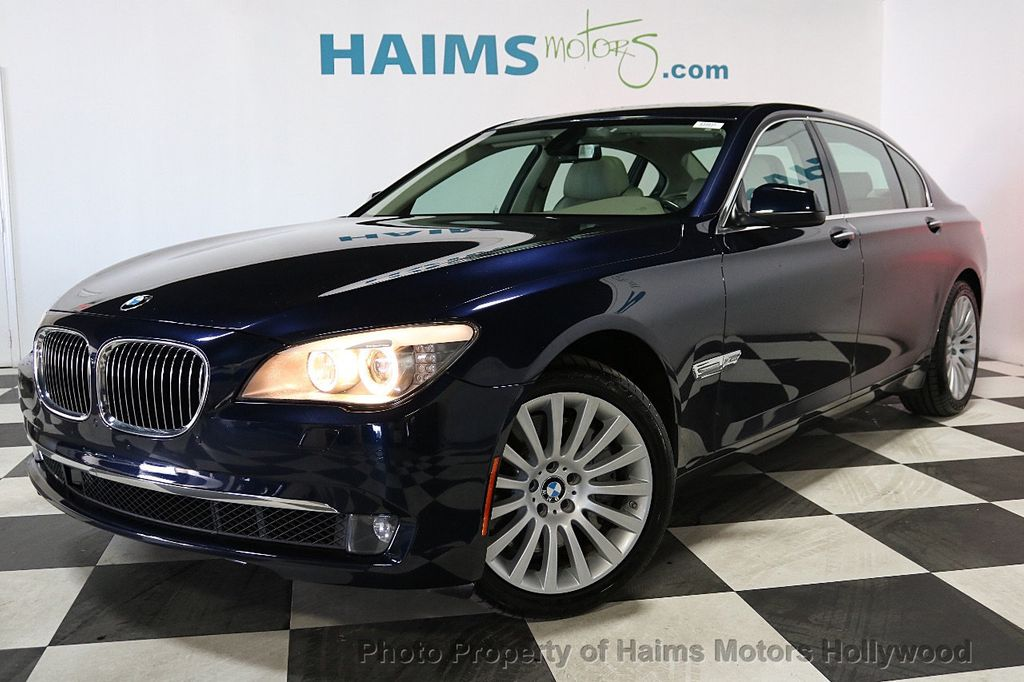 2012 BMW 7 Series 750Li xDrive - 18584875 - 1