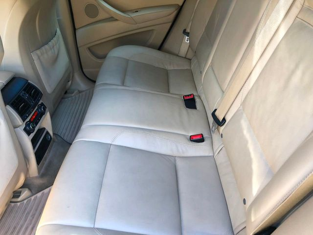 2012 BMW X6 35i - Click to see full-size photo viewer