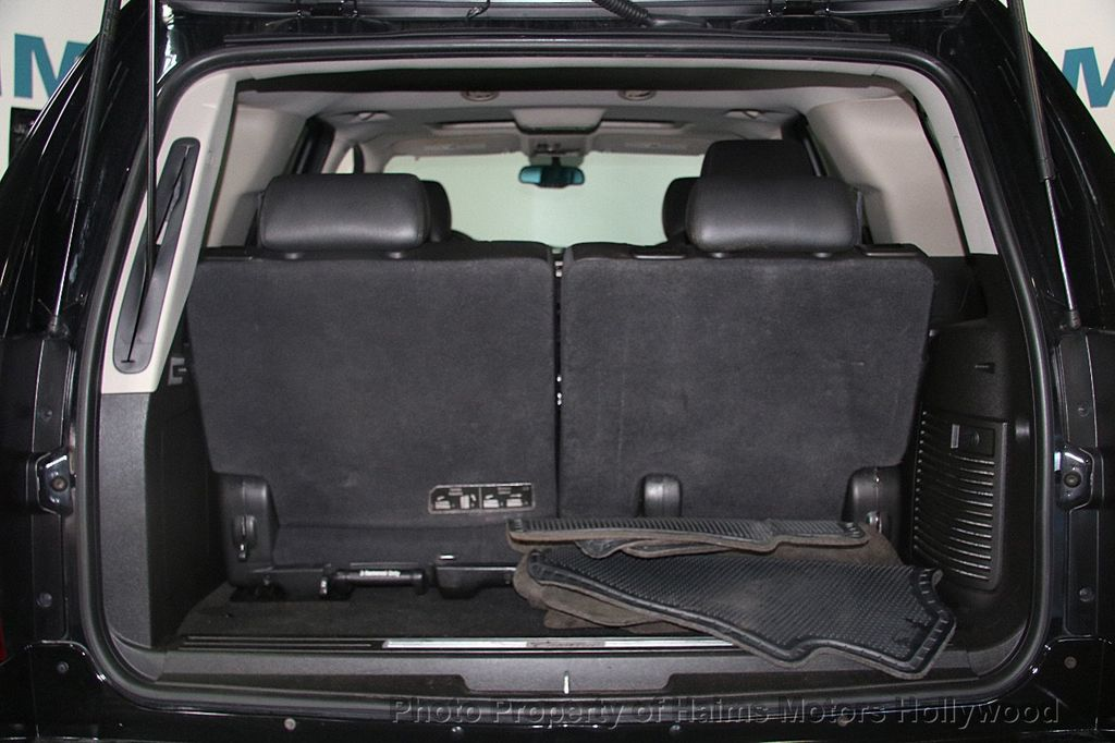 2012 Cadillac Escalade 2WD 4dr Luxury - 17382242 - 9