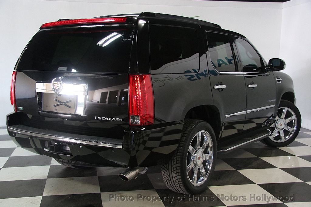 2012 Cadillac Escalade 2WD 4dr Luxury - 17382242 - 6