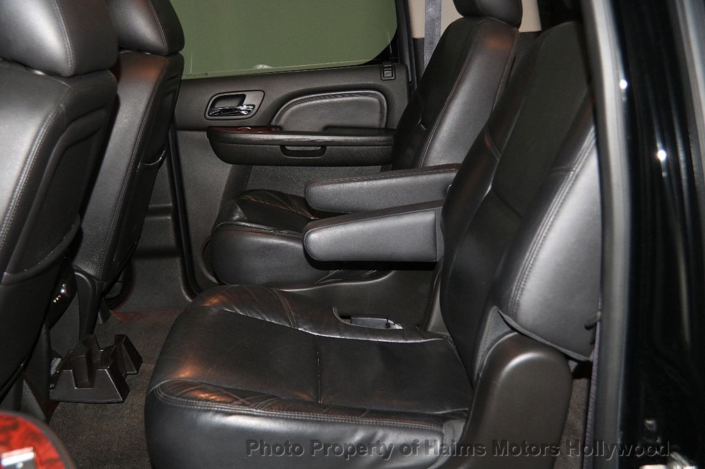 2012 Cadillac Escalade ESV 2WD 4dr - 17263774 - 18