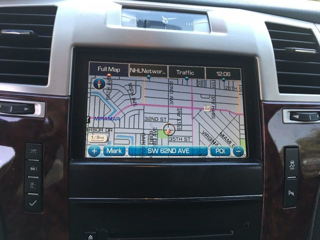 2012 Cadillac Escalade ESV 2WD 4dr Luxury - Click to see full-size photo viewer