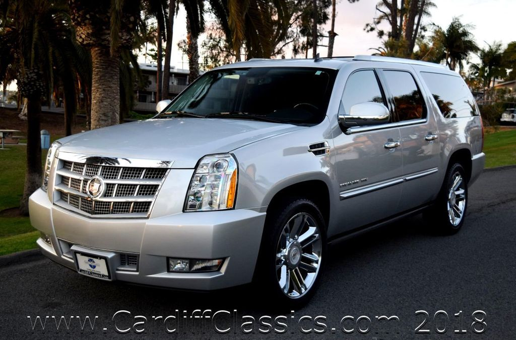 2012 Used Cadillac Escalade Esv Awd 4dr Platinum Edition At