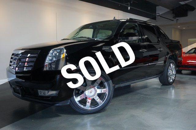 2012 Cadillac Escalade EXT AWD 4dr Premium