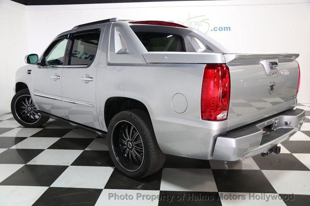 2017 Cadillac Escalade Ext Premium 16144222 3
