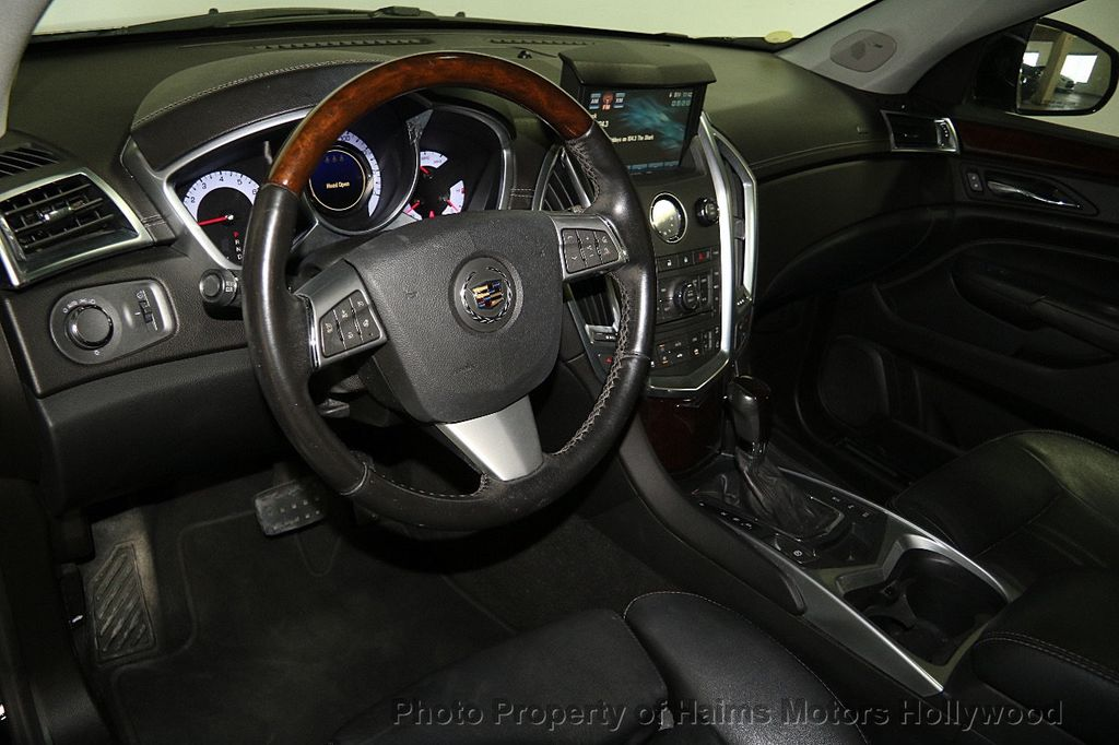 2012 Cadillac SRX FWD 4dr Luxury Collection - 16589510 - 19