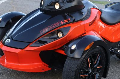 2012 Can-Am SPYDER RSS  - Click to see full-size photo viewer