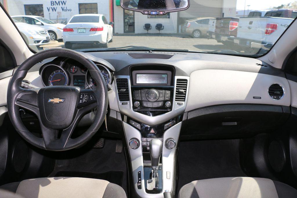 Awesome 2012 Chevrolet CRUZE 4dr Sedan LS   17509232   17