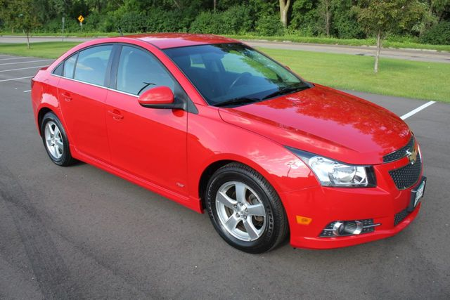 2012 Chevrolet CRUZE LT SEDAN - Click to see full-size photo viewer