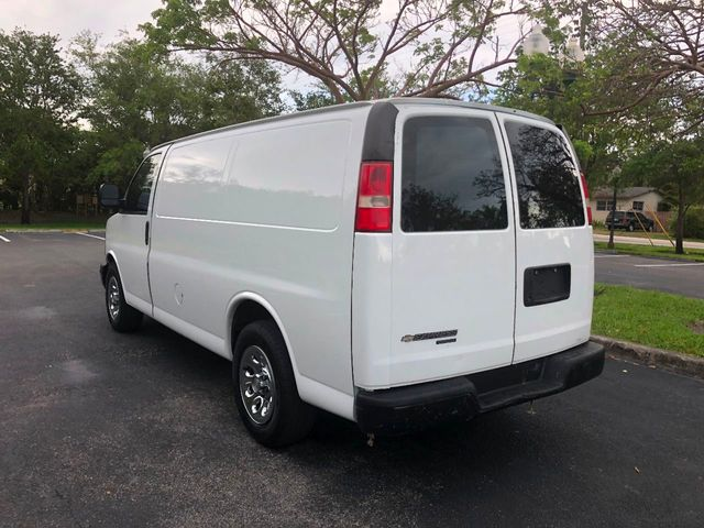 "2012 Chevrolet Express Cargo Van RWD 1500 135"" - Click to see full-size photo viewer"