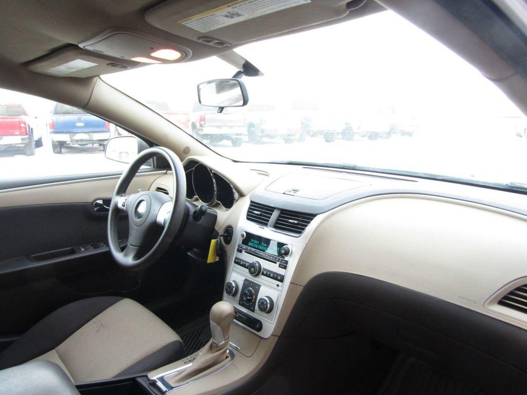2012 Chevrolet Malibu LS - 14271115 - 9