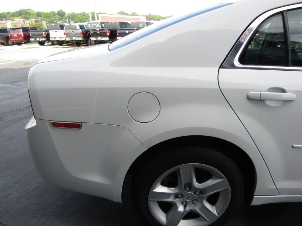 2012 Chevrolet Malibu LS - 14271115 - 22