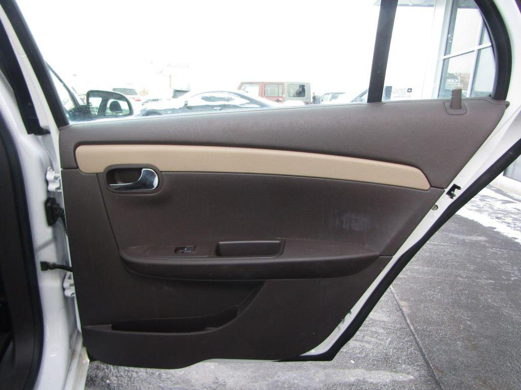 2012 Chevrolet Malibu LS - 14271115 - 30