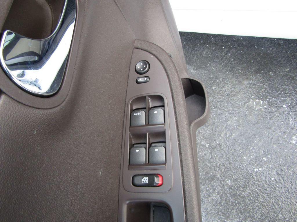 2012 Chevrolet Malibu LS - 14271115 - 33