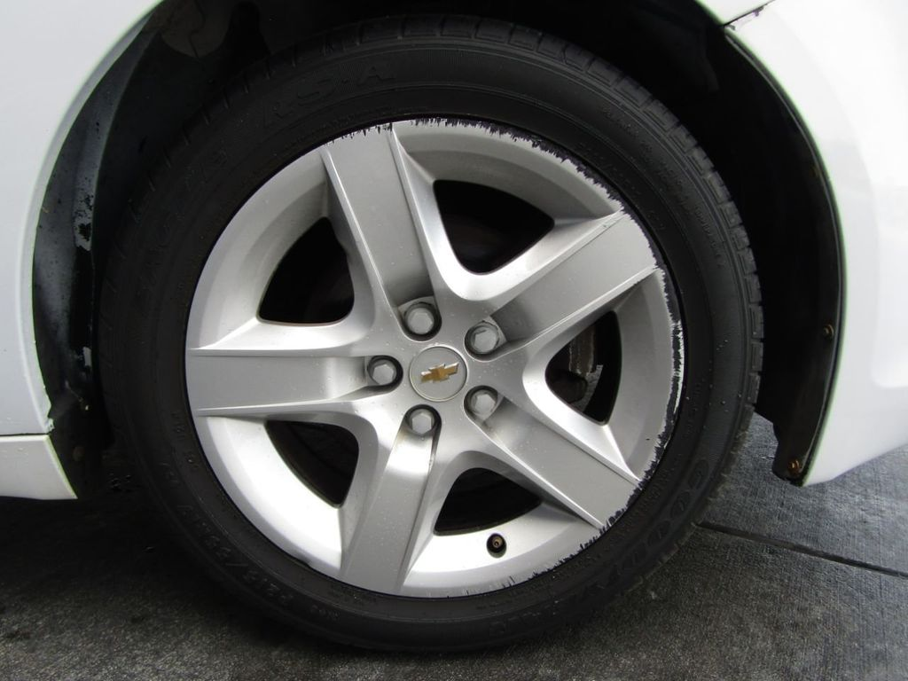 2012 Chevrolet Malibu LS - 14271115 - 34