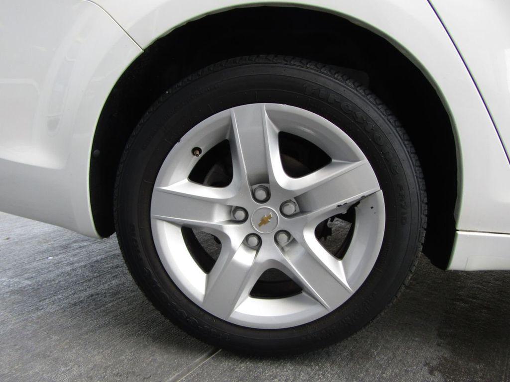 2012 Chevrolet Malibu LS - 14271115 - 35