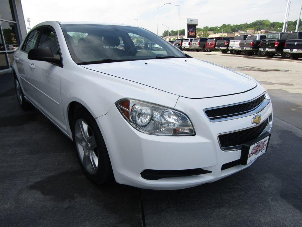 2012 Chevrolet Malibu LS - 14271115 - 8