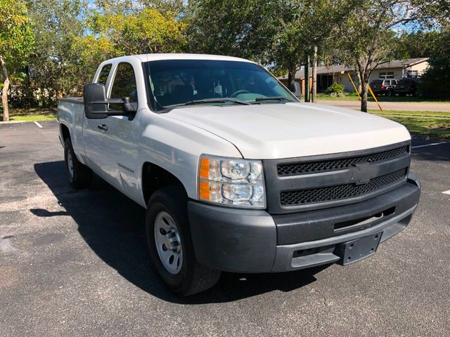 "2012 Chevrolet Silverado 1500 2WD Ext Cab 143.5"" Work Truck - Click to see full-size photo viewer"