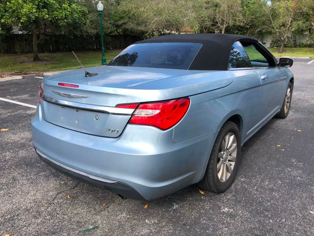 2012 Chrysler 200 2dr Convertible Touring - Click to see full-size photo viewer