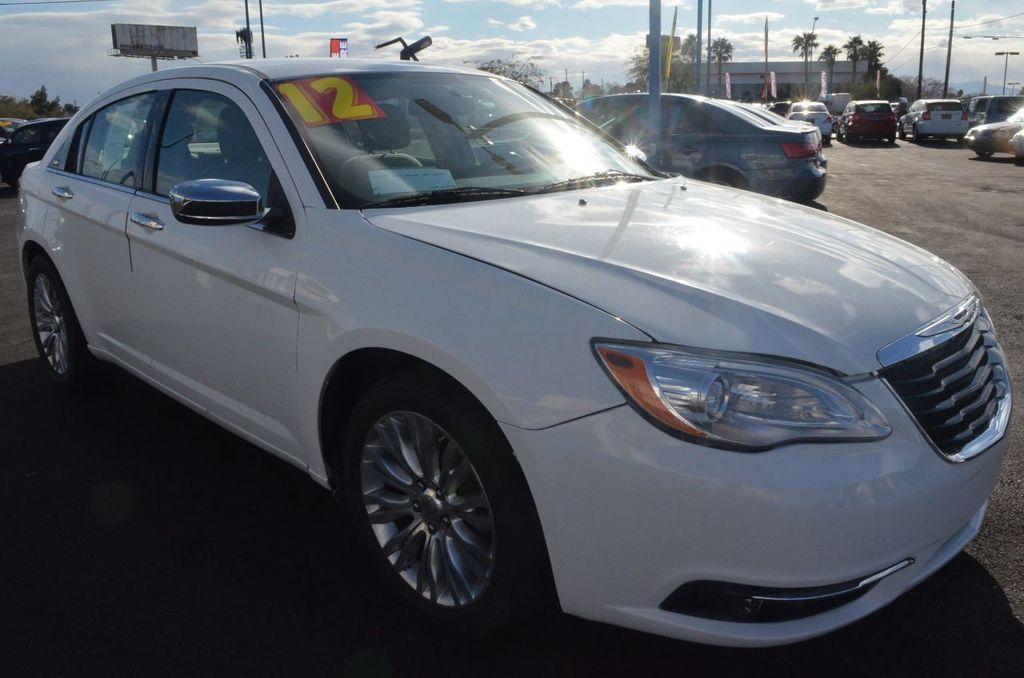 2012 Chrysler 200 4dr Sedan Limited - 17311365 - 2