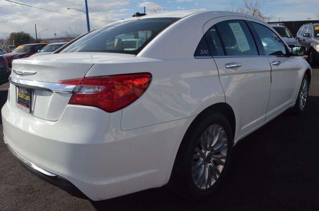 2012 Chrysler 200 4dr Sedan Limited - 17311365 - 3