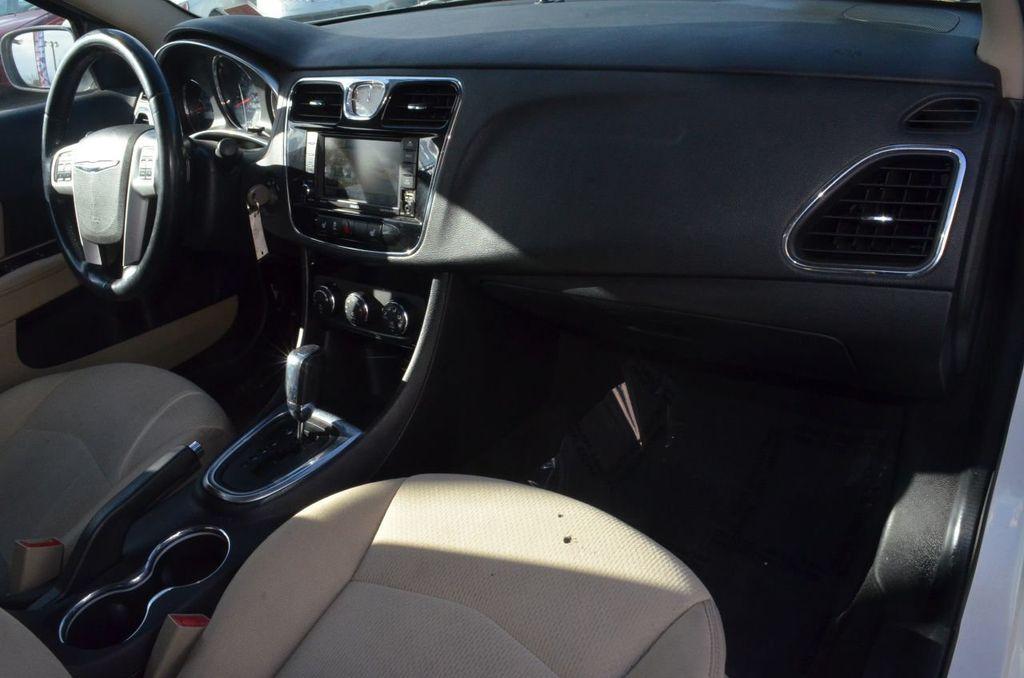 2012 Chrysler 200 4dr Sedan Limited - 17311365 - 6