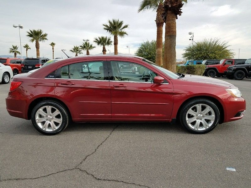 2012 Chrysler 200 4dr Sedan LX - 17053038 - 3
