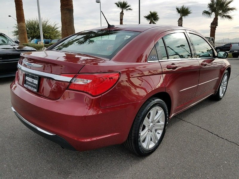 2012 Chrysler 200 4dr Sedan LX - 17053038 - 4