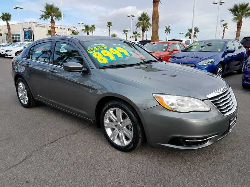 2012 Chrysler 200 4dr Sedan LX - 17075887 - 2