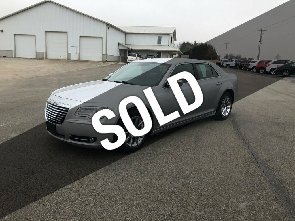 Used Chrysler 300 >> 2012 Used Chrysler 300 4dr Sedan V6 Limited Rwd At L L Auto Sales And Service Serving Carlock Il Iid 19419507
