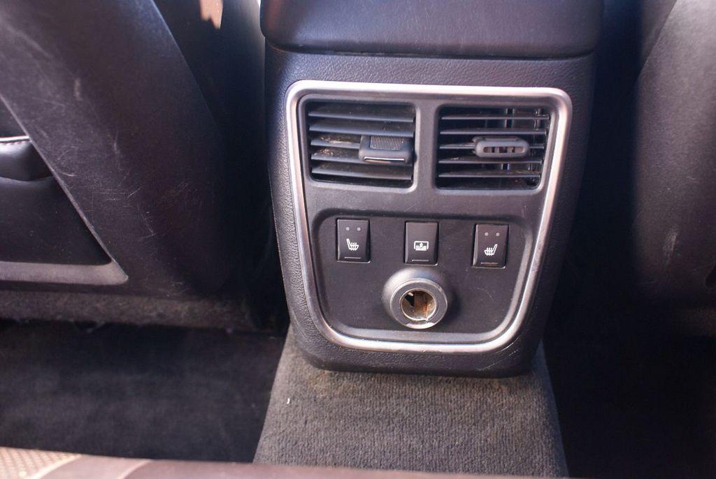 2012 Chrysler 300 4dr Sedan V8 300C RWD - 15615061 - 14