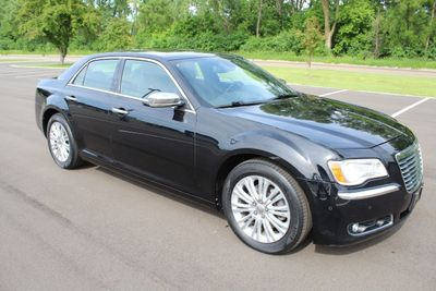2012 Chrysler 300 ONE OWNER AWD LEATHER MOONROOF NAVI W/ NEW TIRES Sedan