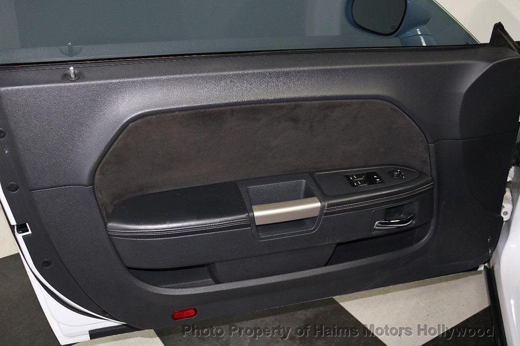 2012 Dodge Challenger SRT-8 - 18011799 - 11