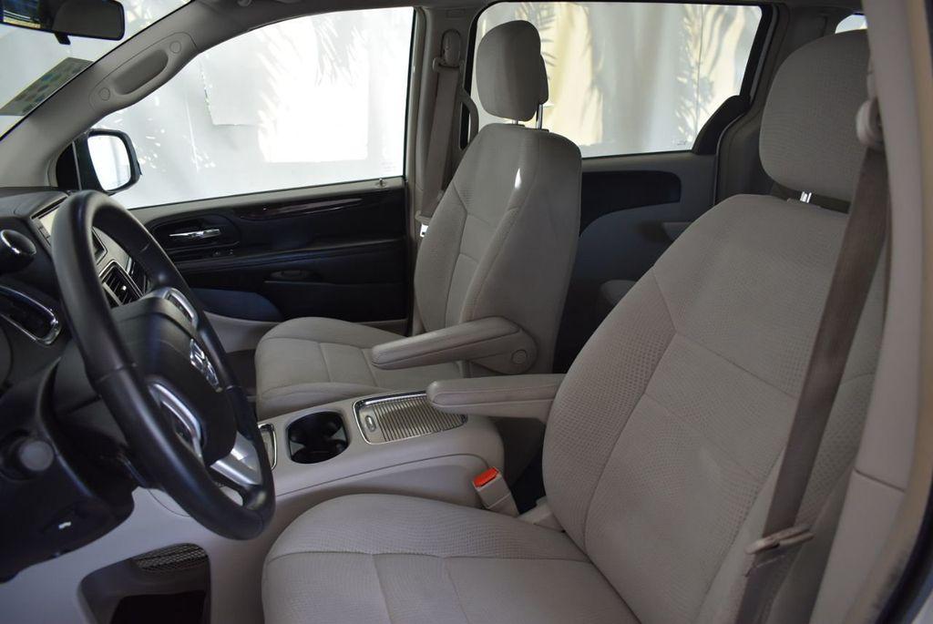 2012 Dodge Grand Caravan 4dr Wagon Crew - 18112050 - 12