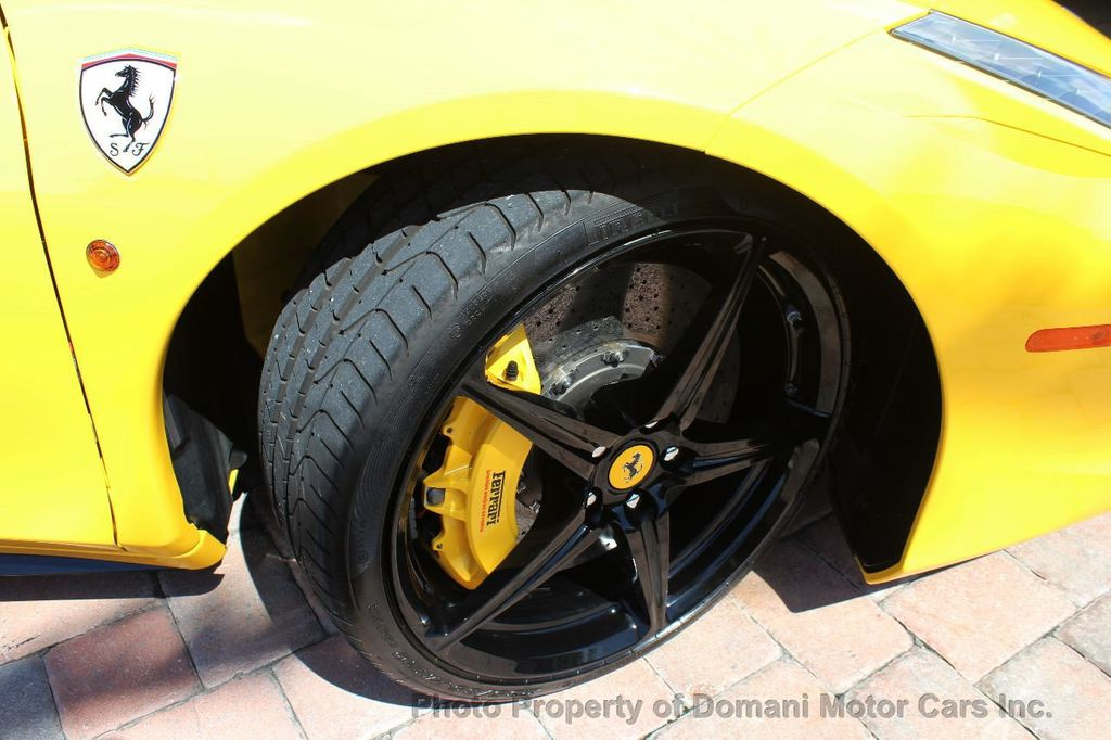 2012 Ferrari 458 Italia ONLY 8k MILES ON THIS BEAUTIFULLY OPTIONED BUMBLE-BEE 458 COUPE - 16638912 - 19