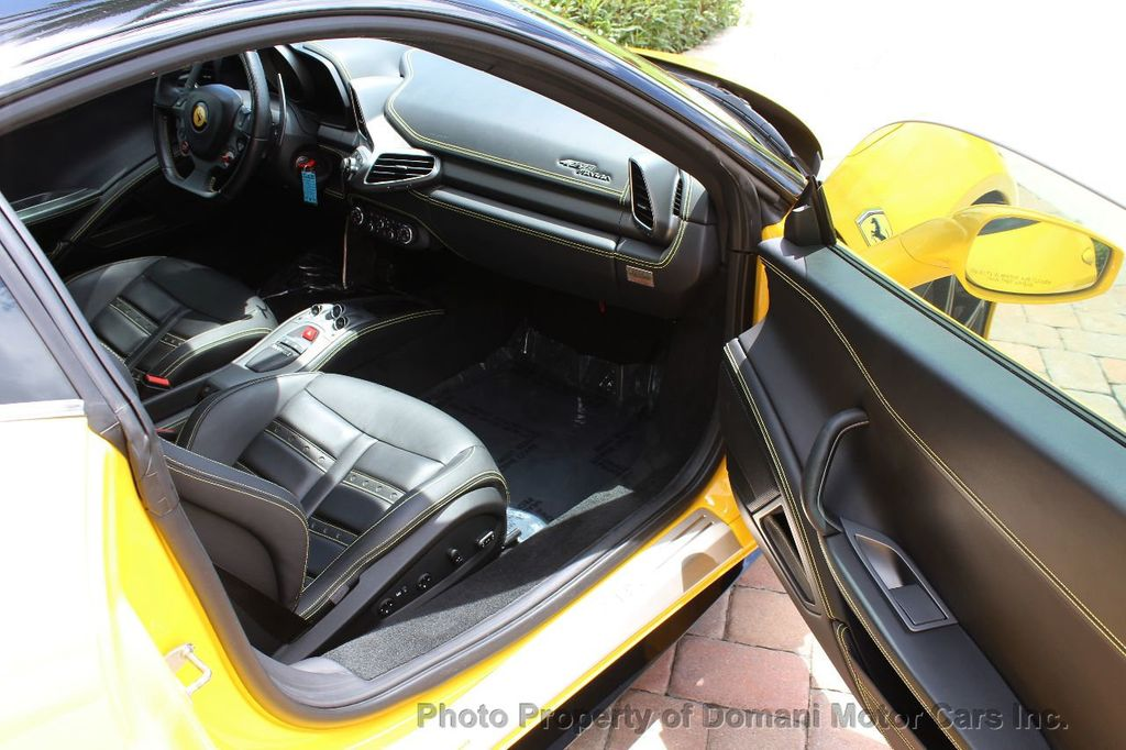 2012 Ferrari 458 Italia ONLY 8k MILES ON THIS BEAUTIFULLY OPTIONED BUMBLE-BEE 458 COUPE - 16638912 - 37