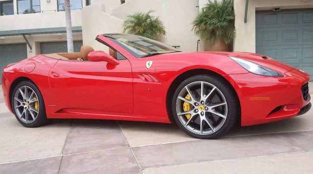 2012 Ferrari California 2dr Convertible - 15446477 - 49