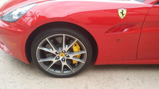 2012 Ferrari California 2dr Convertible - 15446477 - 50