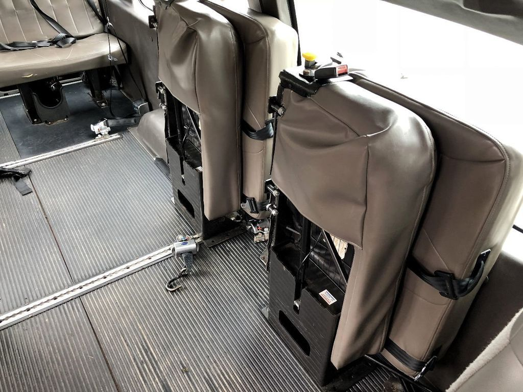 2012 Ford E350 Extended Wheelchair Van For Adults Medical Transport Mobility ADA Handicapped - 17409591 - 31