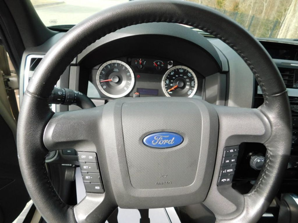 2012 Ford Escape FWD 4dr Limited - 17205937 - 12