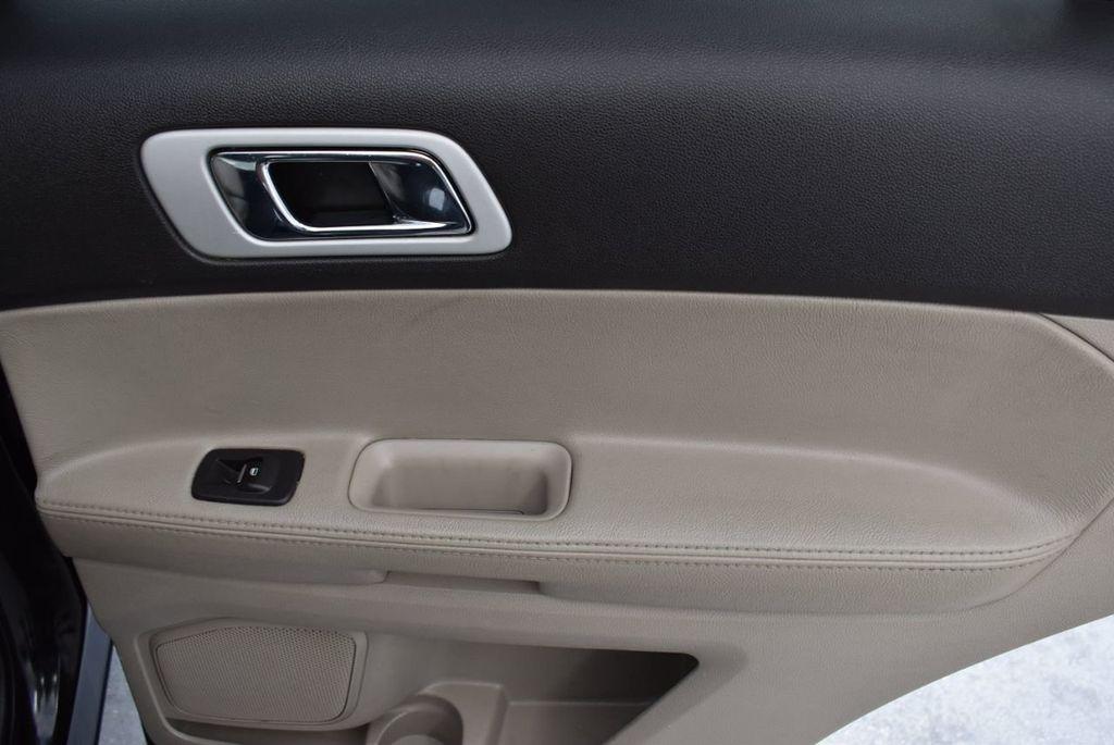 2012 Ford Explorer FWD 4dr XLT - 16518992 - 21
