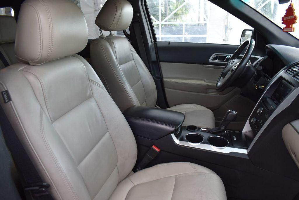 2012 Ford Explorer FWD 4dr XLT - 16518992 - 23