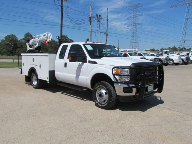 2012 Ford F350 Mechanics Service Truck 4x4 - 15792691 - 1