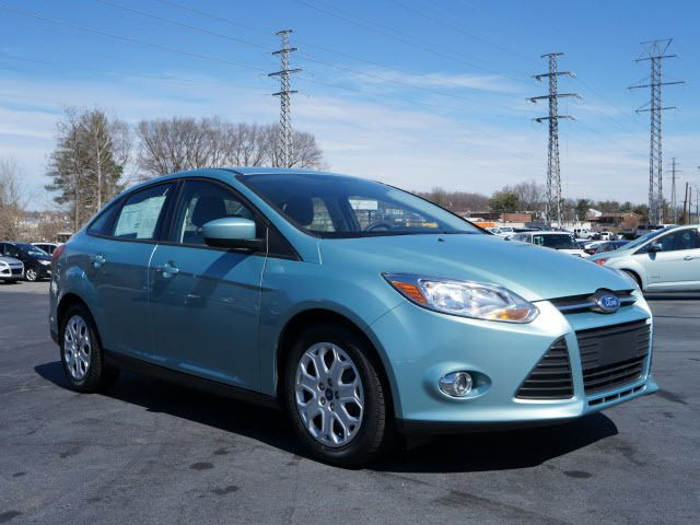 2012 Ford Focus 4dr Sdn SE - 11735131 - 0
