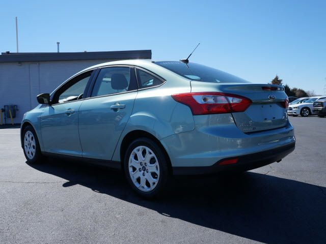 2012 Ford Focus 4dr Sdn SE - 11735131 - 2