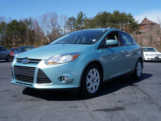 2012 Ford Focus 4dr Sdn SE - 11735131 - 3