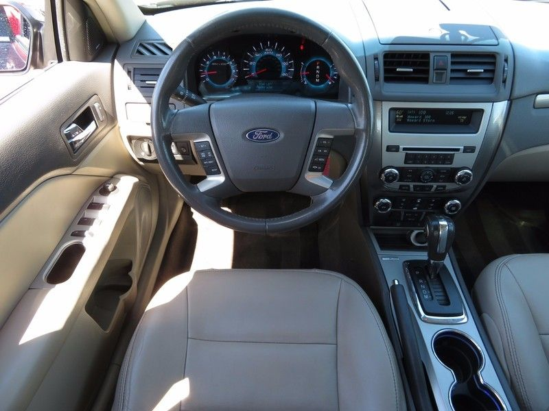 2012 Ford Fusion 4dr Sedan SEL FWD - 16869622 - 11