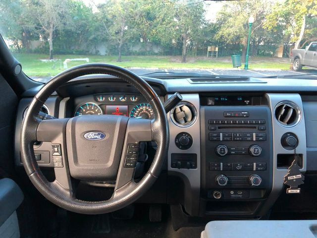 "2012 Ford F-150 4WD SuperCrew 145"" Lariat - Click to see full-size photo viewer"